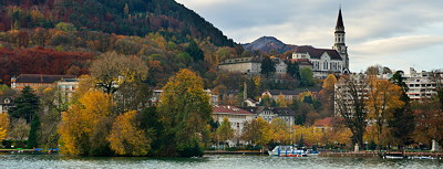 Annecy - Autumn colors on the city