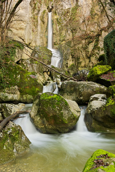 Image of Barbennaz waterfall taken in the last autumn days
