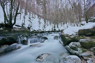 Photograph of Valserine river in Haut Jura Natural Park by a winter dusk