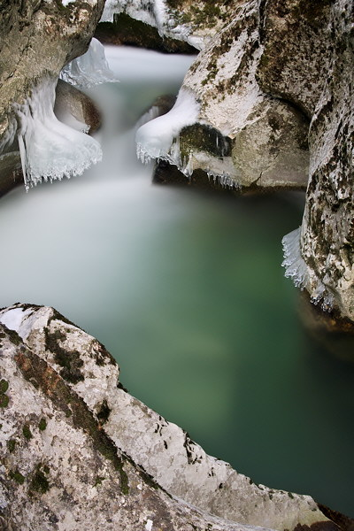Winter image of the Fornant river in France