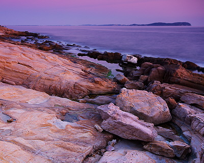 Purple dusk at Bau Rouge beach - Carqueiranne