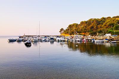 Morning light on Le Port du Niel