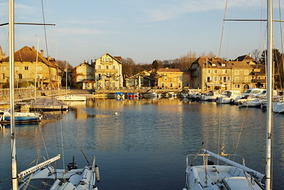 Photograph of Nernier harbour on Geneva lake