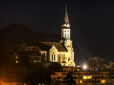 Visitation basilica by night in Annecy